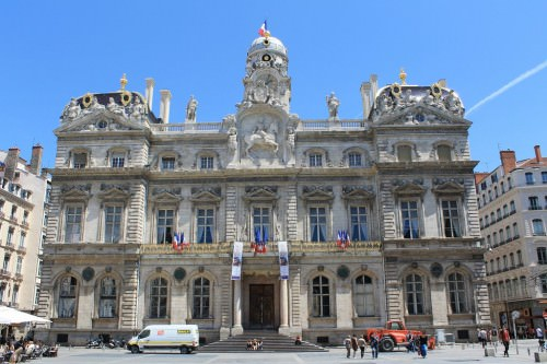 Lyon pictures photo gallery of lyon high quality for Pool show lyon france