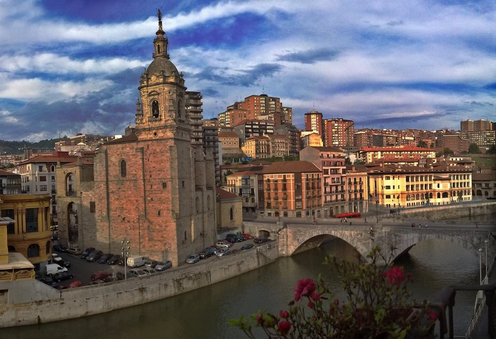 Bilbao Pictures | Photo Gallery of Bilbao - High-Quality ...