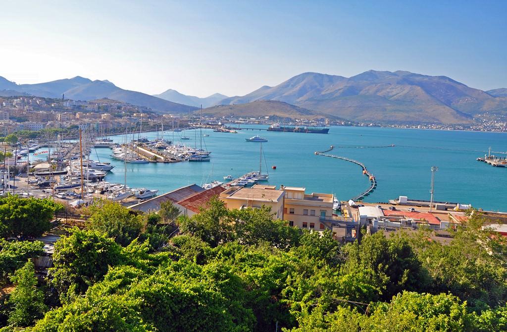 Купить квартиру в Испании недорого на берегу моря по ценам