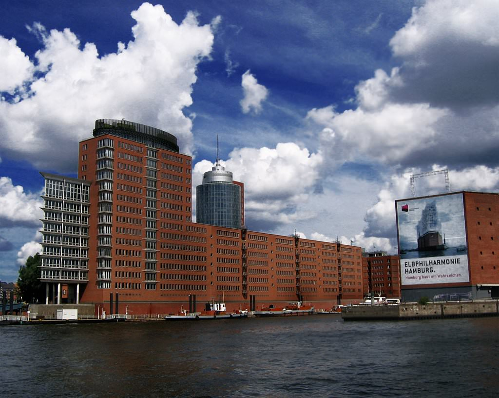 29ad91732d Hamburg by Paddy S D90S  flickr