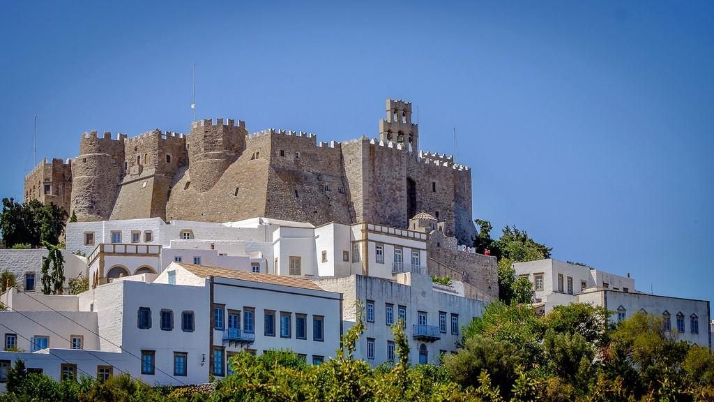 Недвижимость в греции продажа виллы