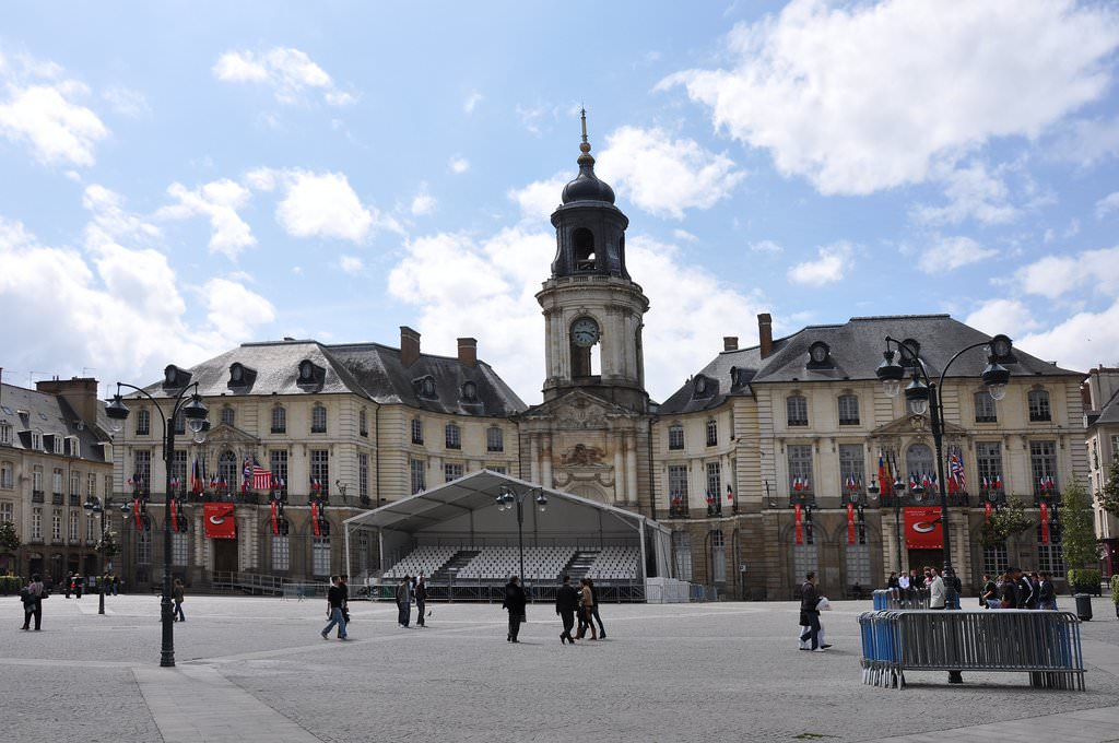 Rennes pictures photo gallery of rennes high quality for Hotels rennes