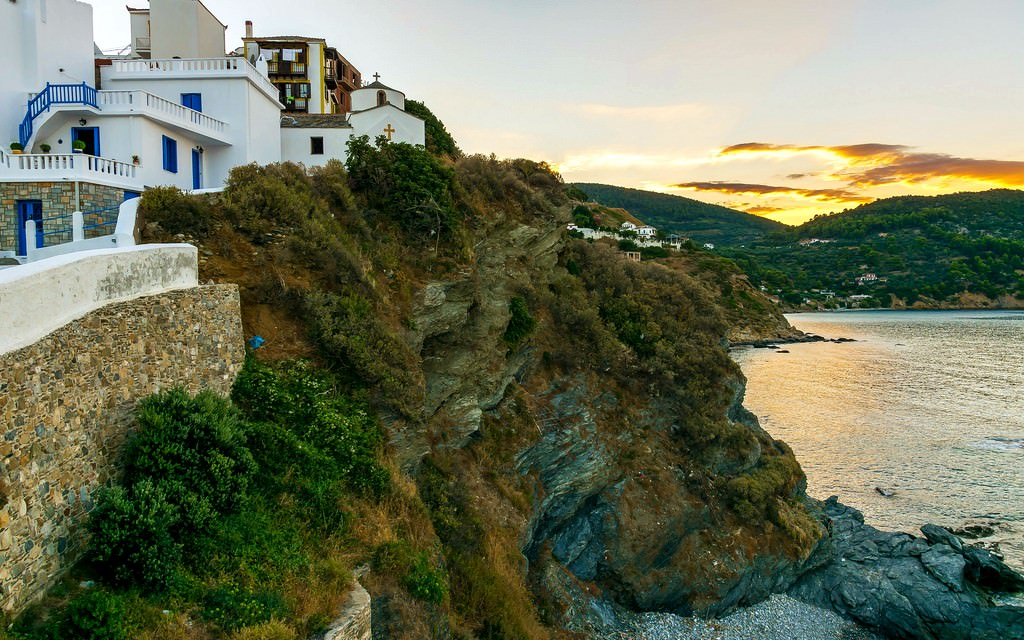 Skopelos Island Travel Guide | Things To See In Skopelos Island ...