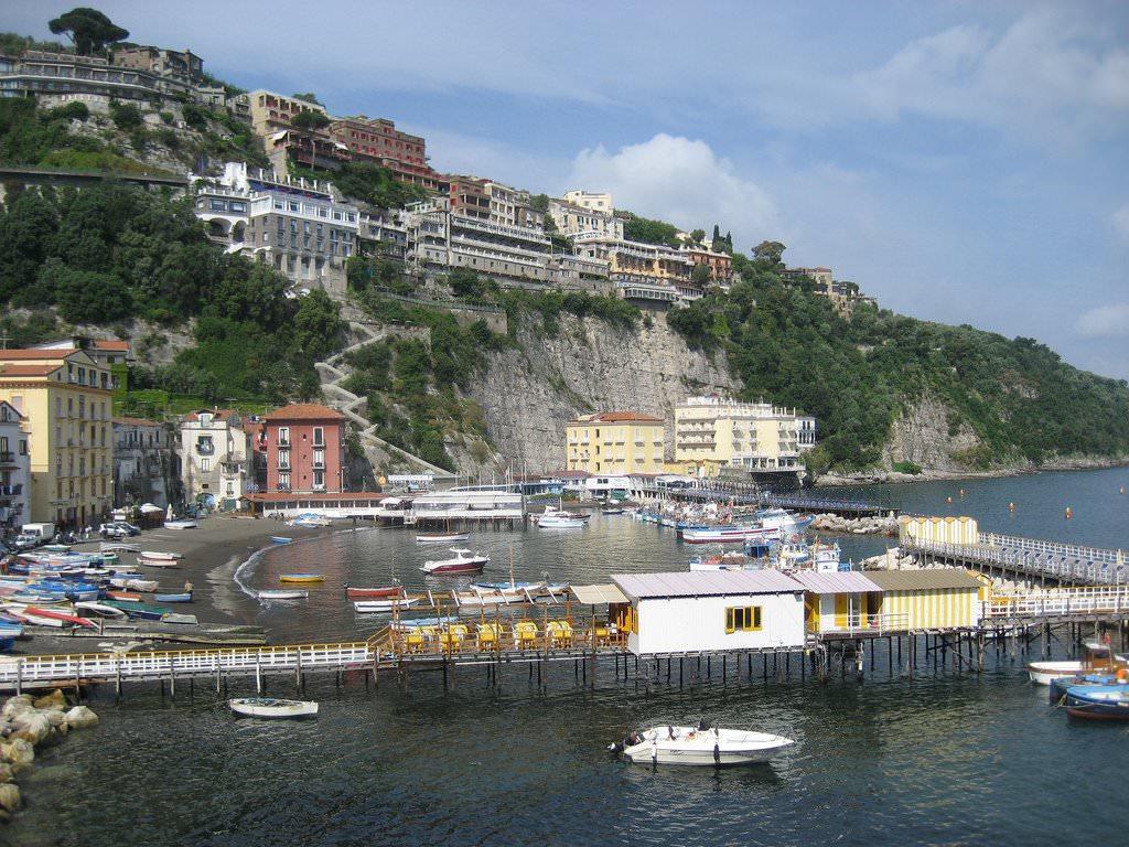 Недвижимость италии на море