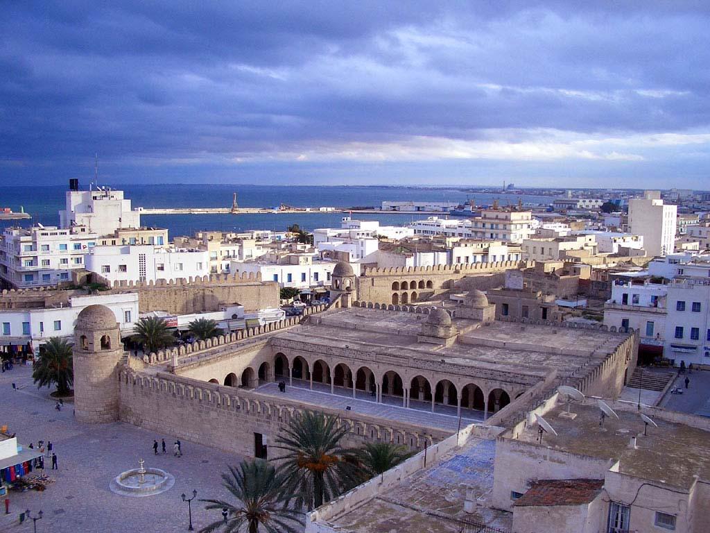 Тунис :Живи и верь.....