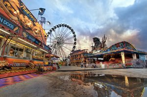 Rave Wave Ride at the Houston Livestock Show & Rodeo Carnival