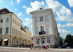 The leaning building of Tartu