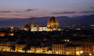 Il Duomo at night (Florence)