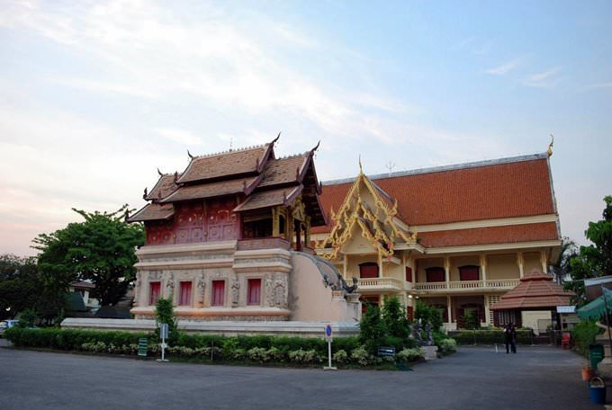 New side wihaan - Wat Phra Singh