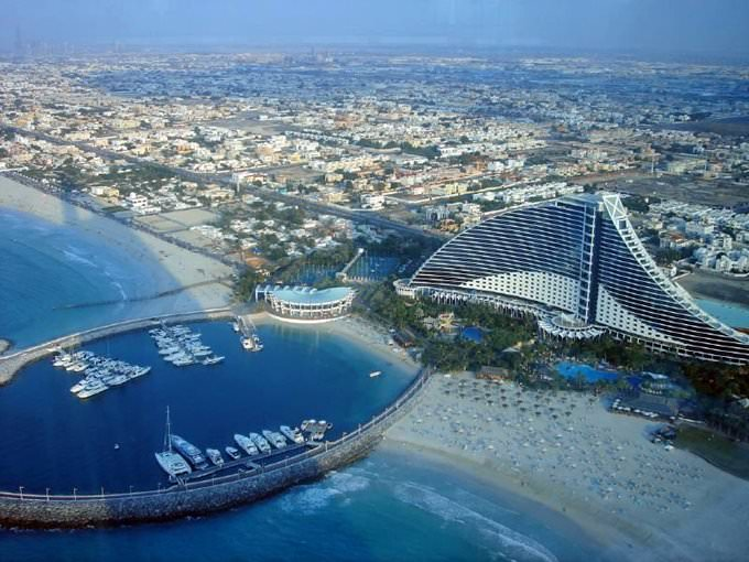 Jumeirah Beach Hotel from up above