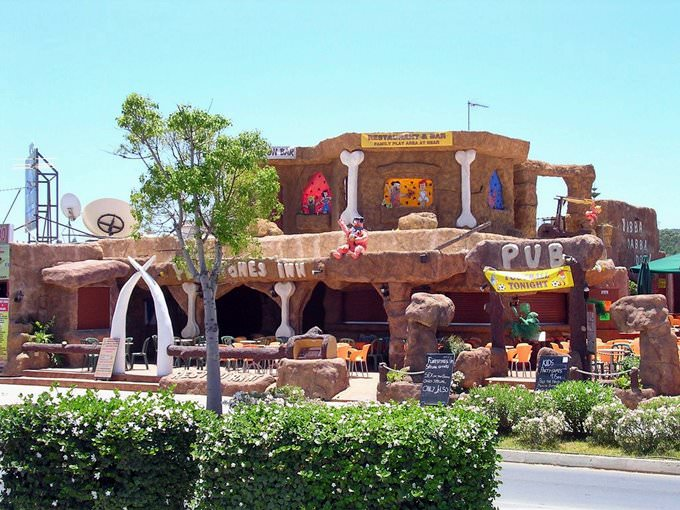 Flintstones Inn