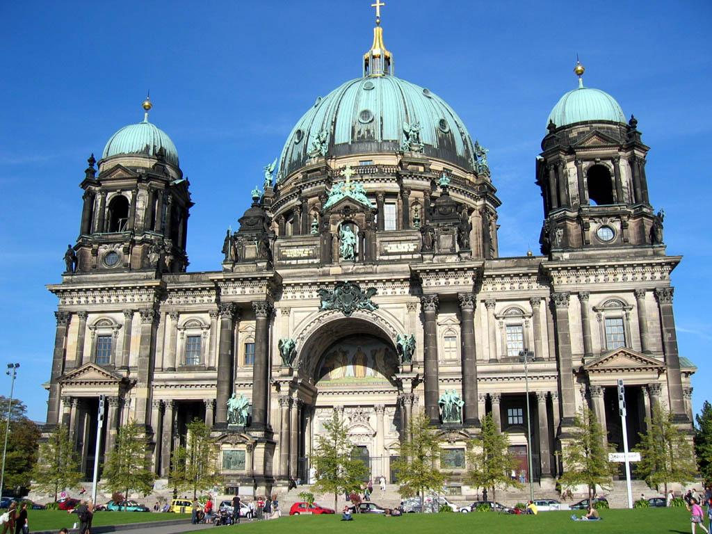 berlin was zu besuchen und anzusehen kultur architektur museen tempel und theater in. Black Bedroom Furniture Sets. Home Design Ideas