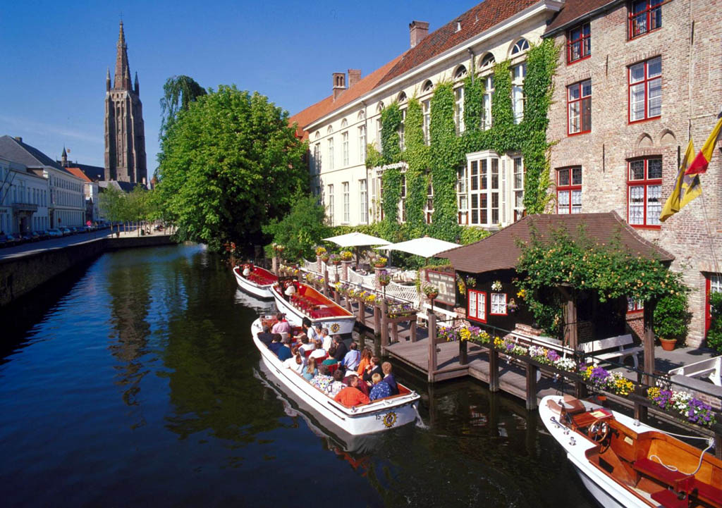 Hotels In Bruges With Car Parking