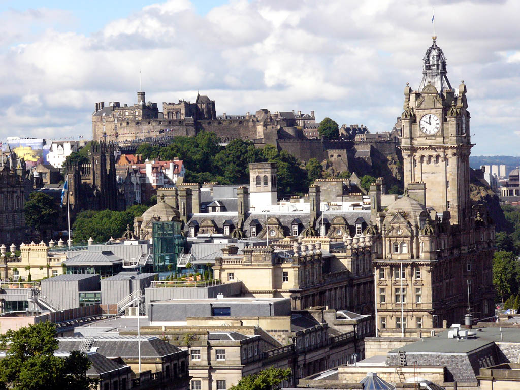 Edinburgh Car Hire Rent Your Car In Edinburgh Cheap