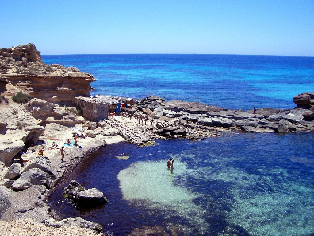 Hotels in formentera best rates reviews and photos of for Hotels formentera