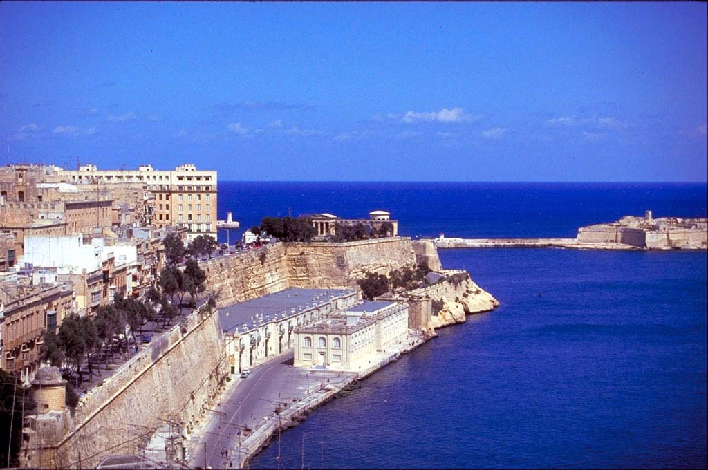 Malta island design hotels book your stylish boutique for Designhotel island