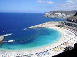 Gran canaria hotels with indoor swimming pool for Gran canaria padel indoor