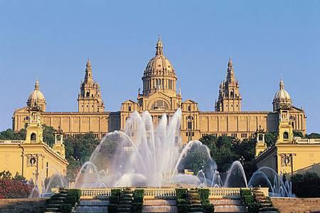 http://www.orangesmile.com/destinations/barcelona/img/Barcelona.jpg