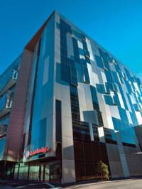 Отель Travelodge Docklands