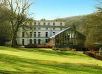Отель Best Western Dinant Castel de Pont-a-Lesse