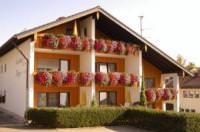 Отель Ferienhaus und Landhaus Berger