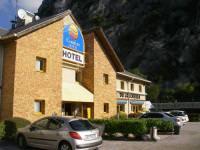 Отель Comfort Hotel Grenoble Sainte Egreve