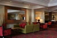 Отель Menzies Irvine