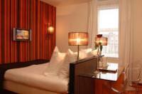 Отель WestCord City Centre Hotel