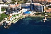 Отель Charisma De Luxe Hotel
