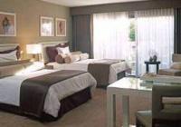 Отель Luxe Hotel Sunset Boulevard