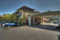Отель Vagabond Inn Executive Old Town