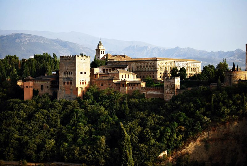 Traditions, Festivals & Events in Granada   Habits, Mentality and Lifestyle of Locals