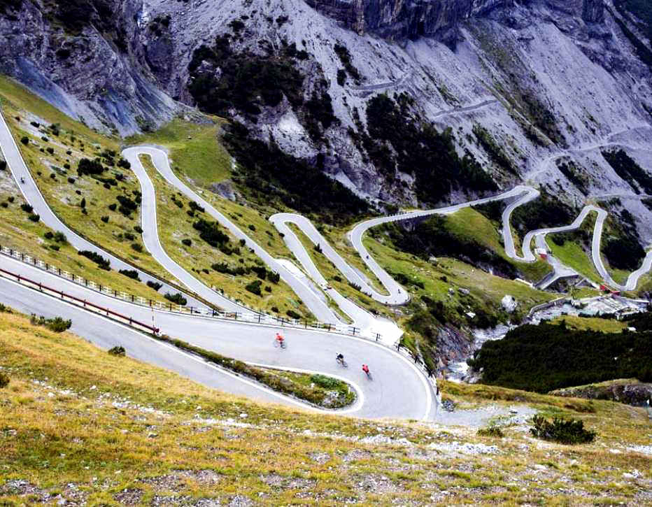 col de turini series 39 most thrilling mountain roads 39. Black Bedroom Furniture Sets. Home Design Ideas