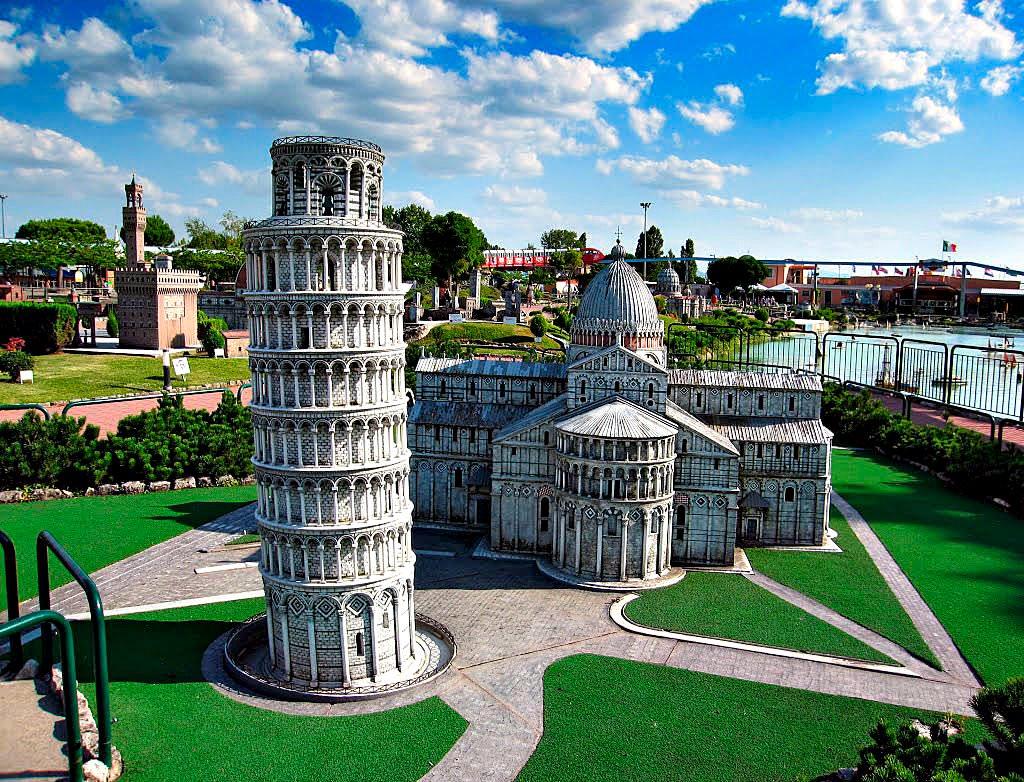 Foto serie ber hmte miniaturmuseen f r architektonische for Be italia