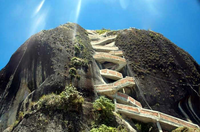 Guatape penon de guatape | series 'best extreme places on earth for thrill