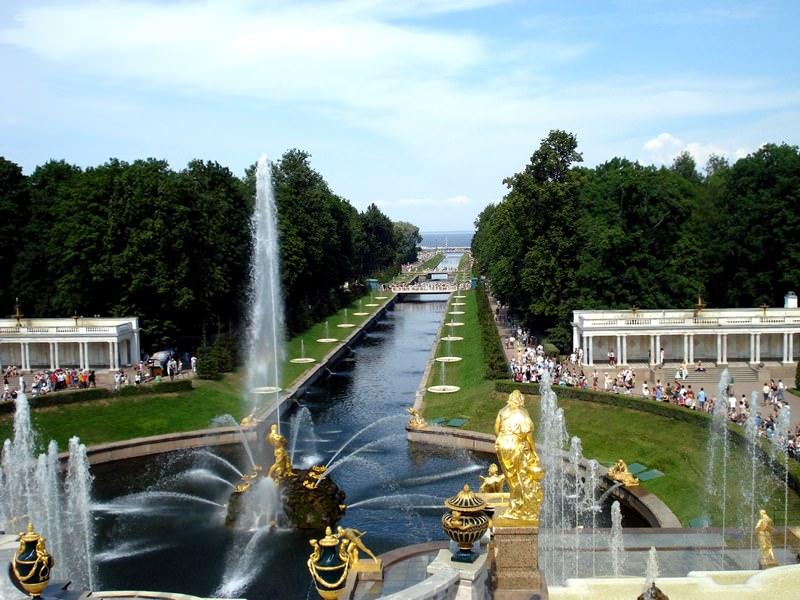 Как работают фонтаны на плотинке в екатеринбурге - e