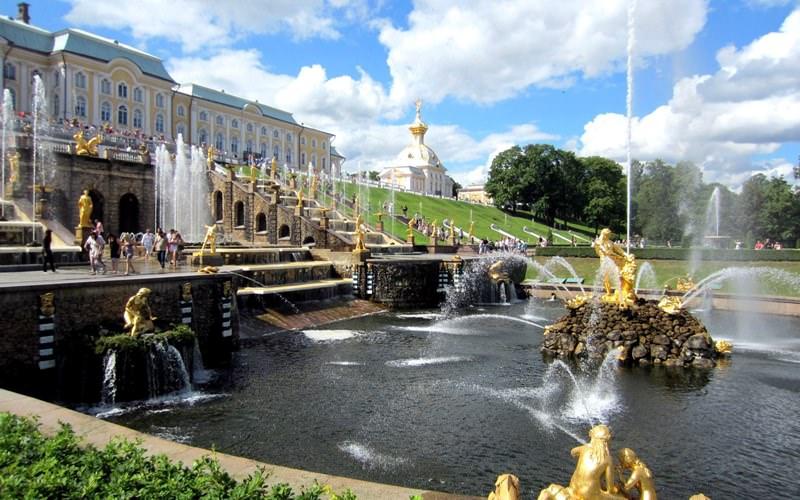 Как работают фонтаны на плотинке в екатеринбурге - 6