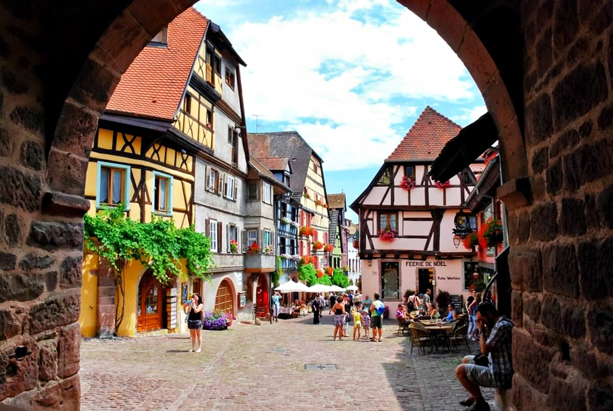 Riquewihr Series Fabulous Nooks Of The World With