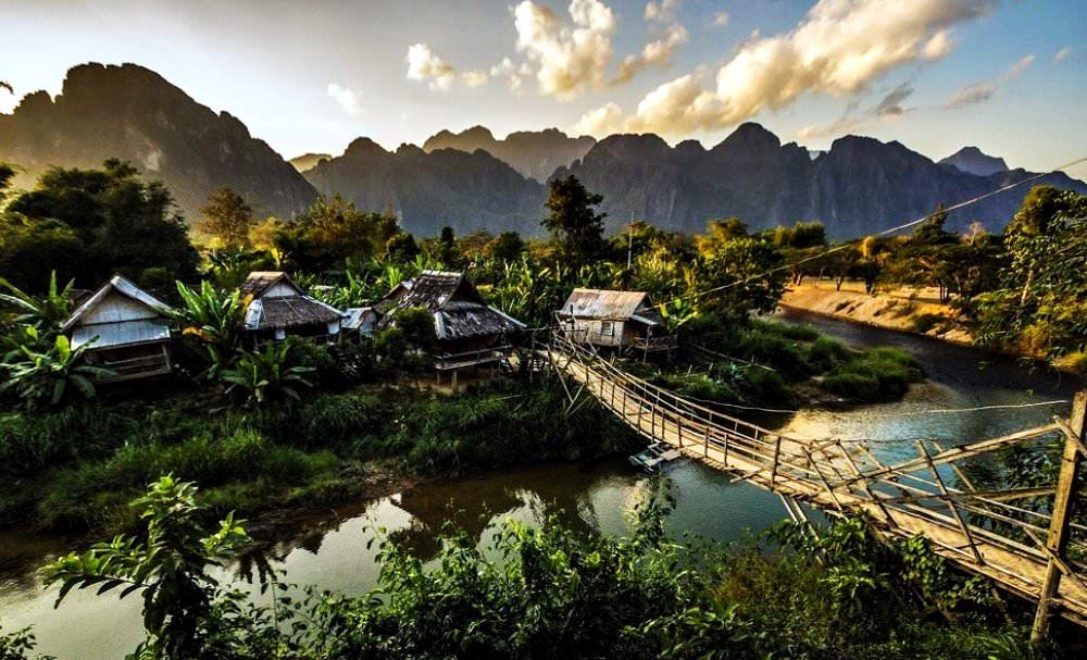 Vang Vieng Village | Series 'Small flamboyant towns painted with Van Gogh  colors'