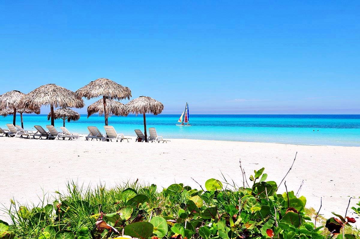 Отдыхающие на пляжах кубы фото