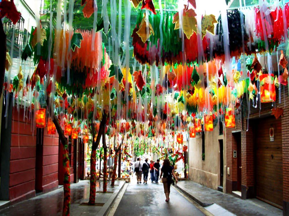 Vila De Gracia Die 13 Erstaunlichsten Und Farbreichsten