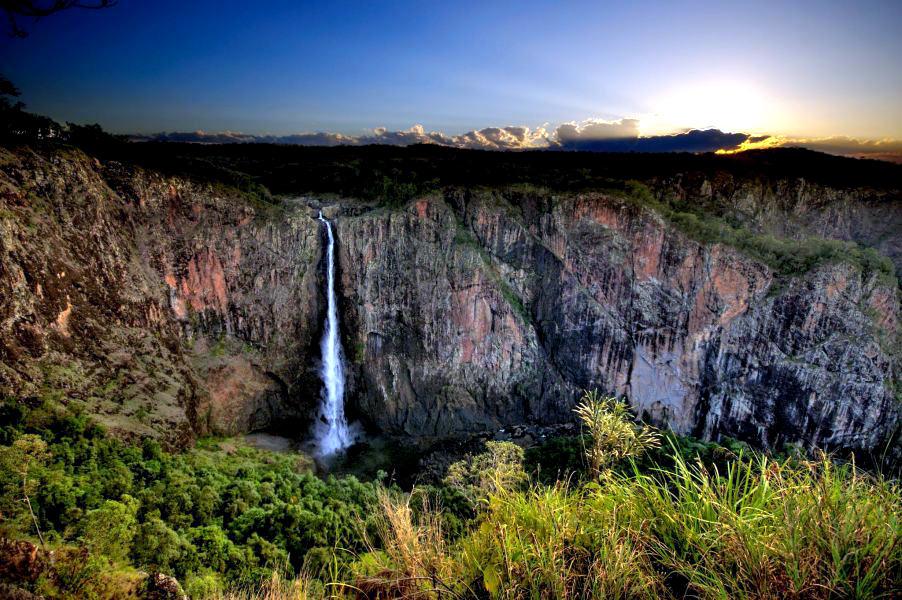 Водопад уолламан wallaman falls описание