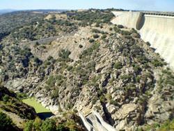 Almendra Dam, Spain
