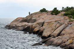Пещеры острова Бло Юнгфрун, Швеция