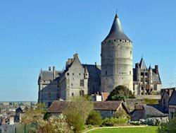 Замок Шатоден, Франция
