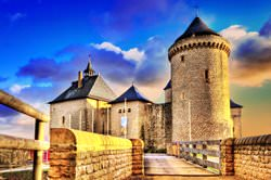 Замок Мальбрук, Франция