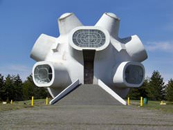 Самые известные строения коммунизма по всему миру
