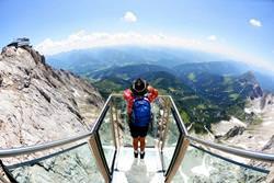 Dachstein Sky Walk Aussichtsplattform, Österreich