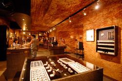 Desert Cave Hotel, Australia