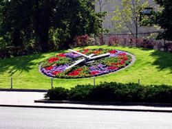 Blumenuhr in Ventspils, Lettland